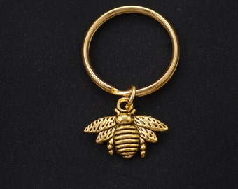 bee keychain, gold filled, gold bee charm keyring, honeybee keychain, nature key chain, unique gift ideas, for mom, mother's day keychain