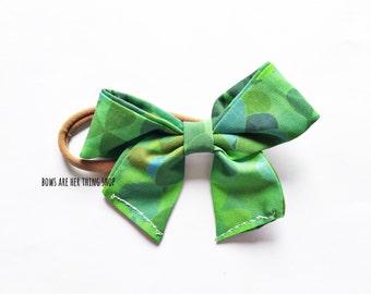 SHAMROCKS sailor bow
