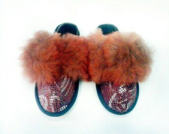 Children slippers, leather slippers, colored leather, home slippers