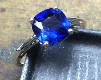 Sapphire Engagement Ring, Blue Sapphire Ring, Cushion Cut Blue Sapphire Ring, White Gold, Yellow Gold, Antique, Mother's Day, Bridesmaid