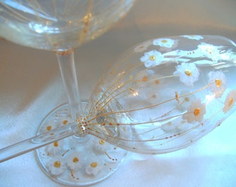 Hand painted Celebration Wine Glass 'Daisies', commissions accepted, can be personalised.