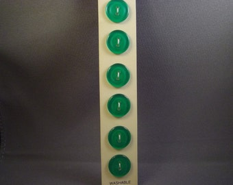 Slimline Green Buttons on Card, 14mm, vintage, 6 count