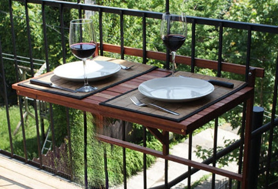 table pliante de balcon bois ext rieur table de terrasse. Black Bedroom Furniture Sets. Home Design Ideas