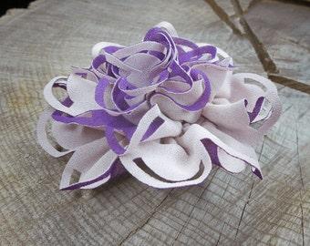Cut Fabric Hair Clip ~1 pieces #100760