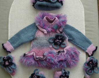 Stunning Hand knitted Pink, Blue & Purple Layette romany baby girls/reborn outfit 4pc 3-6m