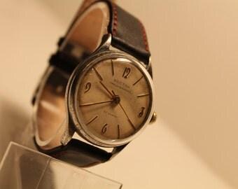Soviet Mechanical Watch USSR Vintage mechanical watch Wostok Volna Precizionnyj 22 jewels russian chronometer. Wostok 2809 A / VOLNA /1960s.