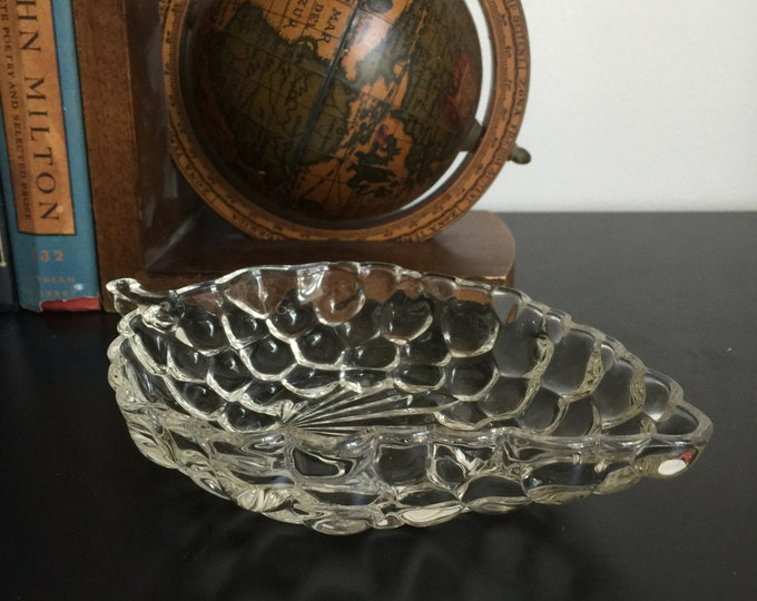 Vintage Glass Candy Dish, Nut Dish, Grapevine Decor, Glass Catchall, Collectible Glass, Glass trinket Dish