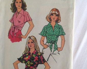Simplicity 5112 Miss BLOUSE size 8-10 Small c1972 RARE!