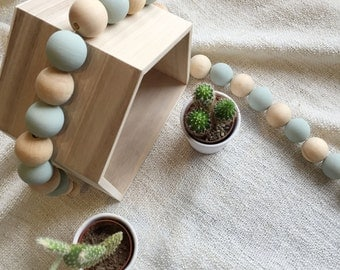 Two-tone wood ball Garland