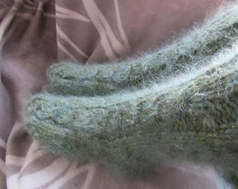 Green hand knit socks,thick,strong,soft sheep,moxair  wool bed socks,slippers UK 4-10.Kozizake.. Kozizake.
