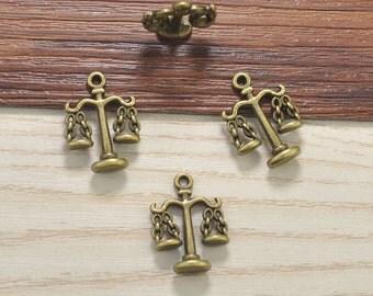 30pcs Antique bronze Terrific Detail Scales Charm pendant, Scales Charms, Balance Charms 23x16mm jewelry supplies