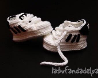Crochet Adidas classic
