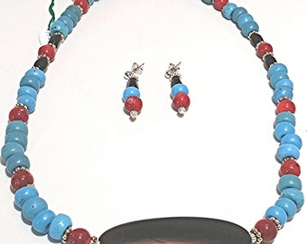 AJ112 - Turquoise padre, coral and Agate necklace set.
