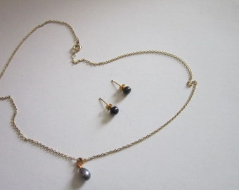 Vintage Real Black Pearl 18KGP Yellow Necklace and Pierced Earrings Set