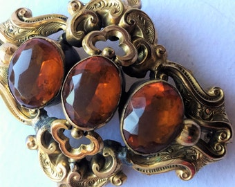 Victorian repousse gold and amber brooche, antique Victorian jewels, antique jewels, brooche
