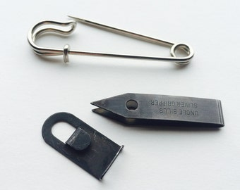 Tick Remover - Black Oxide Gripper/Tweezers,  with Field Pin,  Crafted in the USA