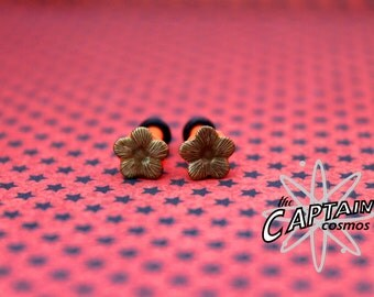 Brass flowers plugs  gauges 3mm 8G stretched ears