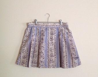print pleated skirt
