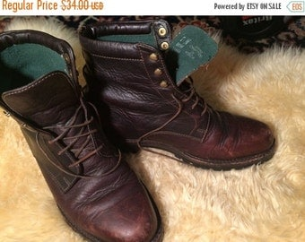 Super Sale Vintage grunge granny HH Brown womans sz 7M
