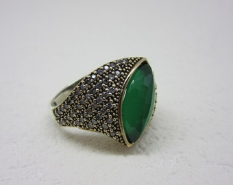 Turkish Handmade 925K Sterling Silver Emerald Topaz Ring Size 8