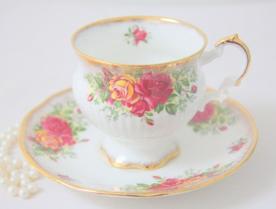 Vintage Elizabethan Bone China Cup and Saucer, Yellow and Red Rose Decor, England