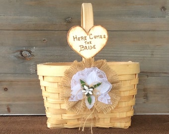 Flower Girl Basket. Rustic Wedding Basket. Rustic Flower Girl Basket. Shabby Chic Basket. Shabby Chic Wedding.Flower Girl Gift. Photo Prop.