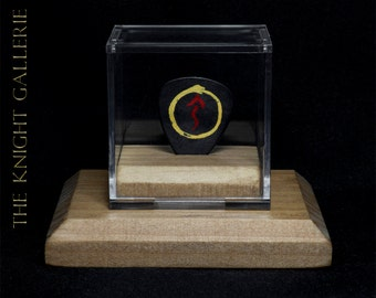 Rush: Geddy Lee guitar pick and display case