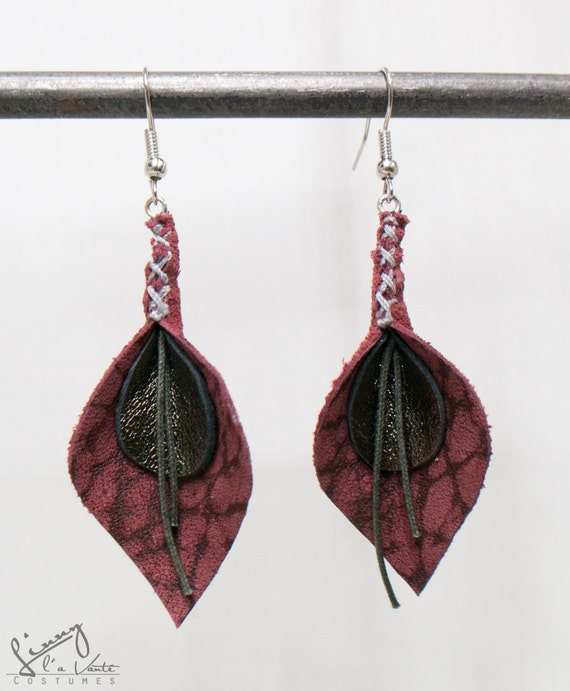 bordo red/golden Leather Petal Earrings  [Dogwood Blooms]
