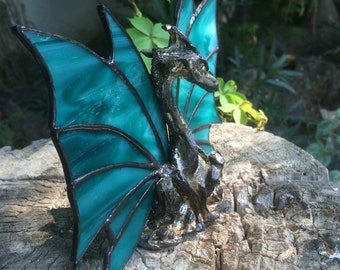 Stained glass,Dragon ,Stained glass dragon,suncatcher dragon ,geeky home decoration, ,holiday gift, home decoration, mother of dragons,green