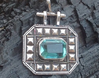 Aquamarine Blue Quartz pendant,Vintage Aquamarine pendant,Silver Aquamarine Pendant,Blue Quartz Aquamarine Pendant Necklace