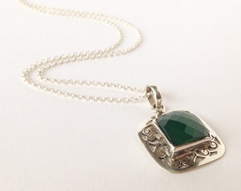 925 sterling silver necklace, necklace with aventurine, green aventurine, necklace with pendant, necklace, Facet cut Green aventurine