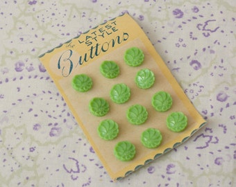 Vintage Unused Deadstock Green 1950s Buttons on Original Card