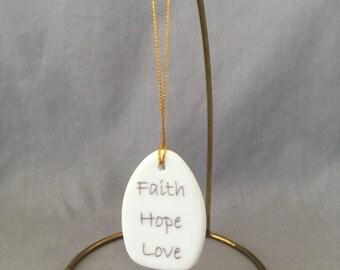 """Teardrop Bouquet charm - """"Faith Hope Love"""""""