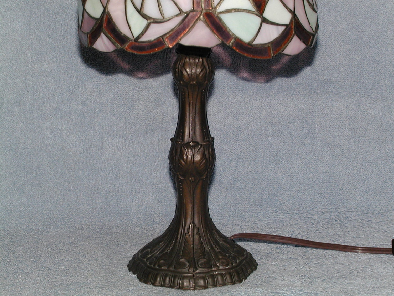 Stained Glass Lamp Hummingbird Motif