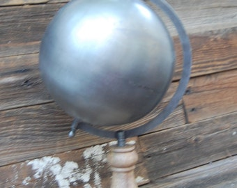 "8"" Metal globe on wood stand"