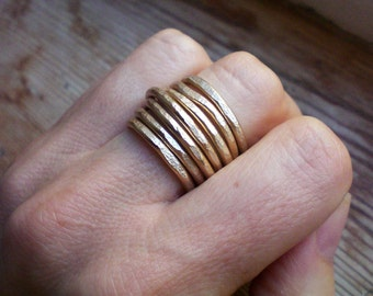 Gold band ring // Adjustable ring // Gold accessories // Gold jewelry // Aluminum ring