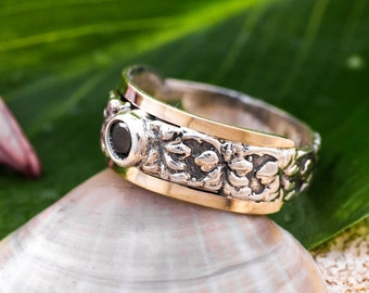 Silver and Gold Ring, Black Onyx Ring, Sterling Silver 925, 9 Karat Gold, July Birthstone, Summer Ring, Handmade