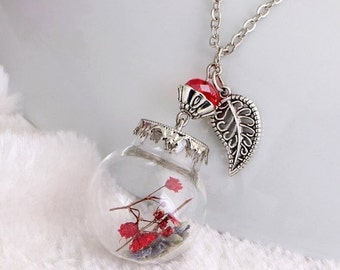 ON SALE Real dried flower ,Botinical garden Necklace
