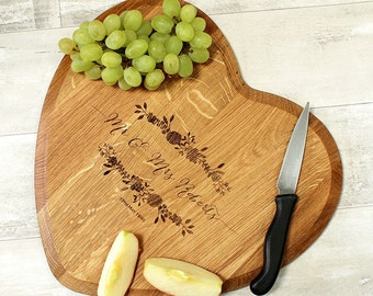 Personalised Chopping Board - Mr & Mrs Chopping Board - Wedding Gift - Engagement Gift - Anniversary Gift - Custom Cheese Board - Heart Gift