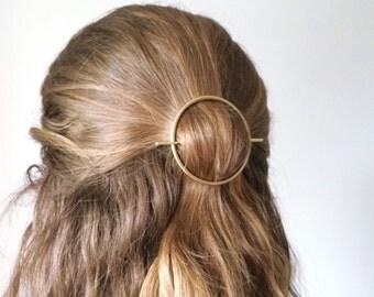 Minimalist gold hair accessories - brass hair clip - round barrette - hair pin - gold hair slide