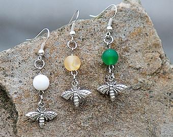 Honey Bee Earring Bohemian Earrings Honey Bee Jewelry Agate Earrings Gift for Bee Lover Bohemian jewelry Spring Earrings Spring Jewelry gift