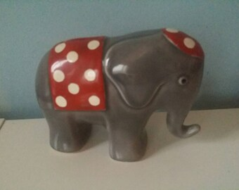 Elephant shaped ceramic piggy bank! vintage collectable moneybank