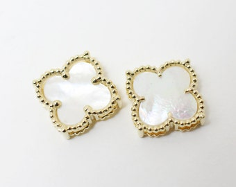 P0368/Anti-Tarnished Gold Plating Over Brass+ Mother of Pearl/4 Leaves Mother of Pearl Clover Pendant Connector/18.5mm/1pcs