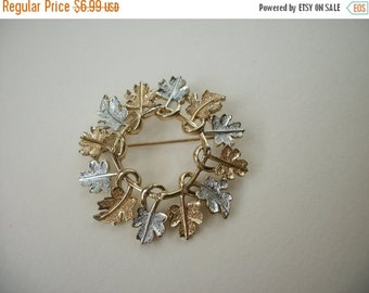 ON SALE Vintage Sarah Coventry Signed Silver Gold Tone Wreath Brooch S # 338
