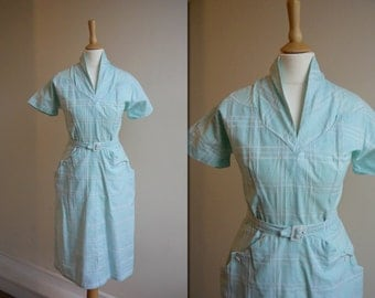 1950s Mint Wiggle Dress * Size Small