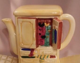Ceramic Armoire Tea Pot