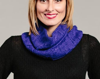 Cable Hand-Knitted Neck Scarf