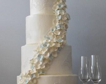 White Hydangea Display cake
