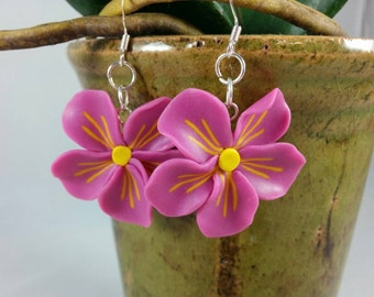 Pink flower earrings. Polymer Clay Earrings. Hand Made Jewelry. Dangle earrings. Gift for Her