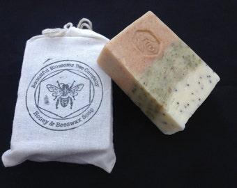 Handmade Honey and Beeswax Soap: Spearmint and Eucalyptus Exfoliating Bar 4 oz